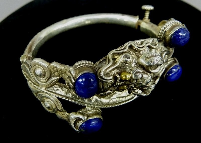 Very Unusual Sterling Silver Chinese Dragon Motif
