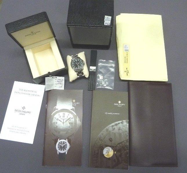 Patek Philippe Aquanaut Men's 38mm Wristwatch 5065/1A - - 4