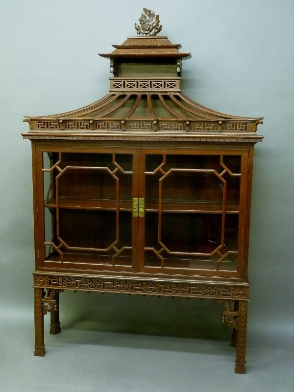Early 20th Century Chinese Mahogany Design Display