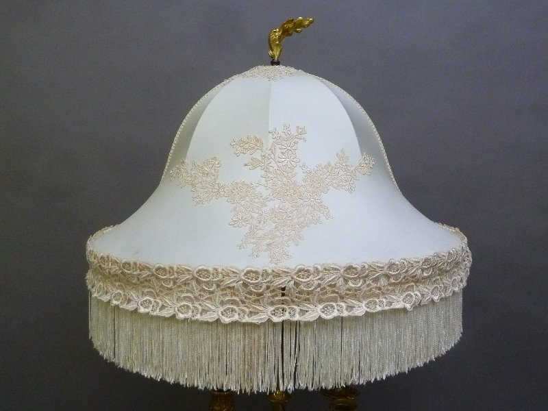 Circa 1860's Signed (H.Picard). Lamp with a gilt bronze - 4