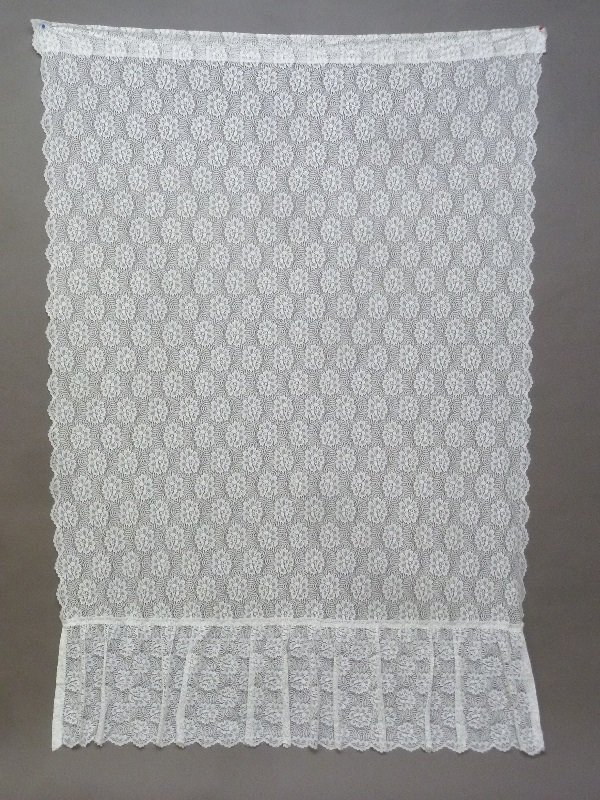 "6 Matching Lace curtain panels h 84"" width 60"" each."