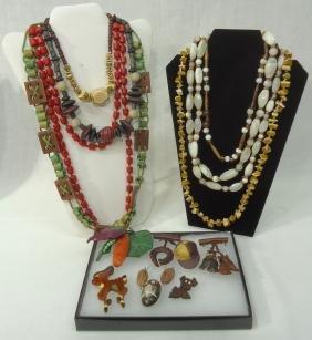 Lot Organic & Wooden Jewelry