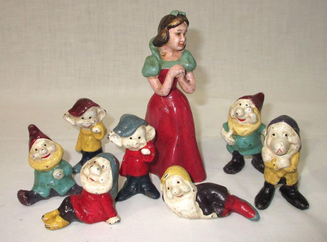 Modern C.I. Snow White & 7 Dwarfs Figures