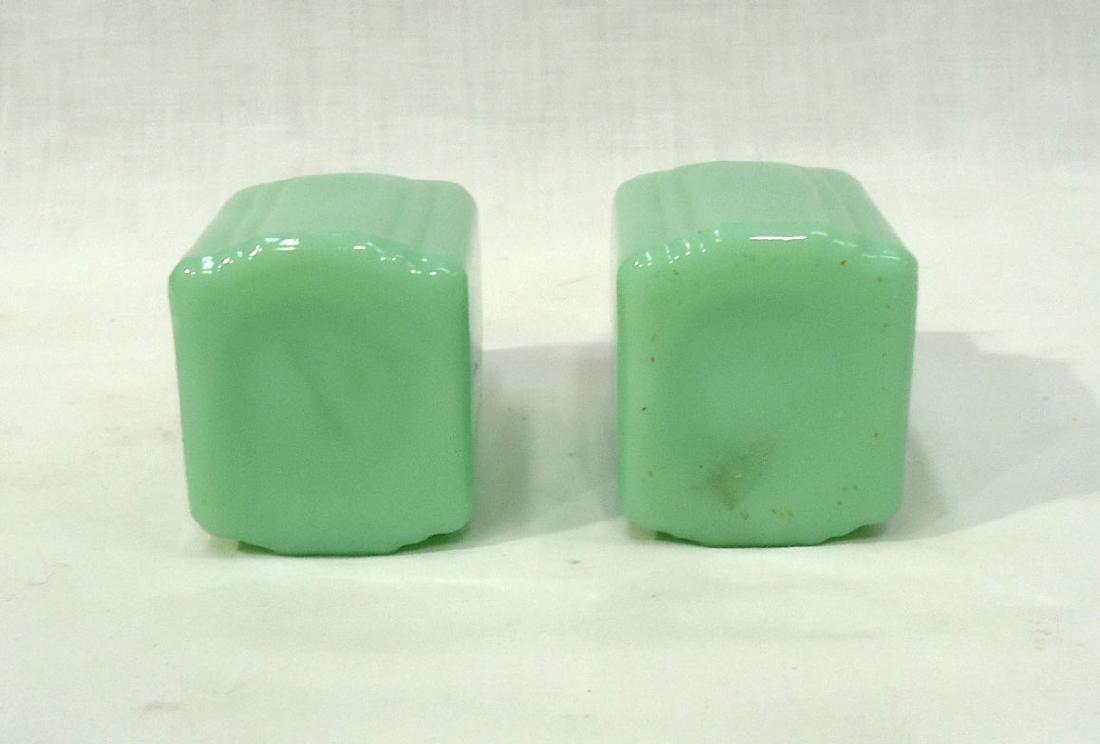 Jadeite Salt & Pepper - 3