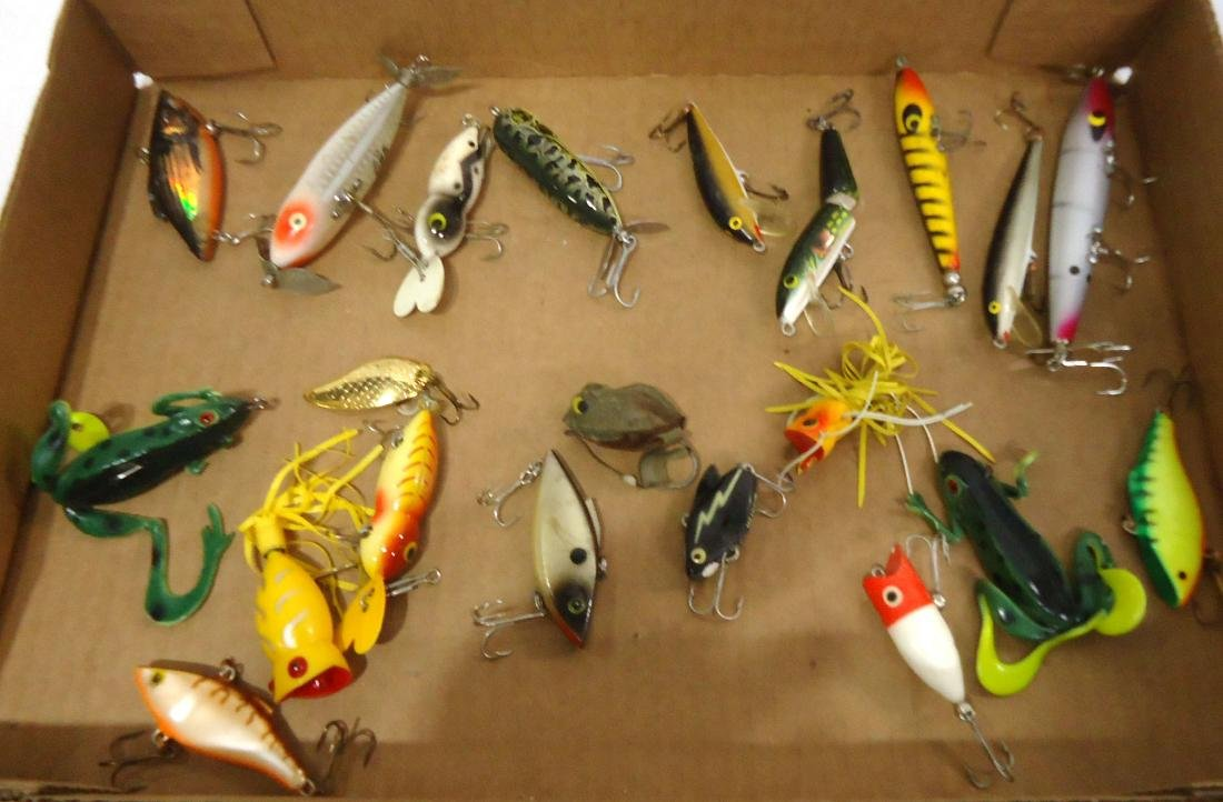 Lot of 21 Fishing Lures