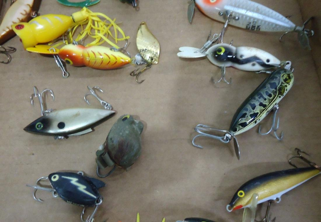 Lot of 21 Fishing Lures - 3