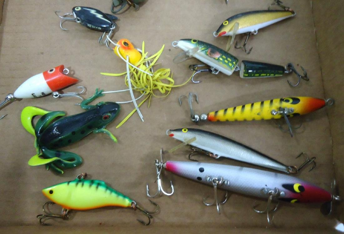 Lot of 21 Fishing Lures - 4