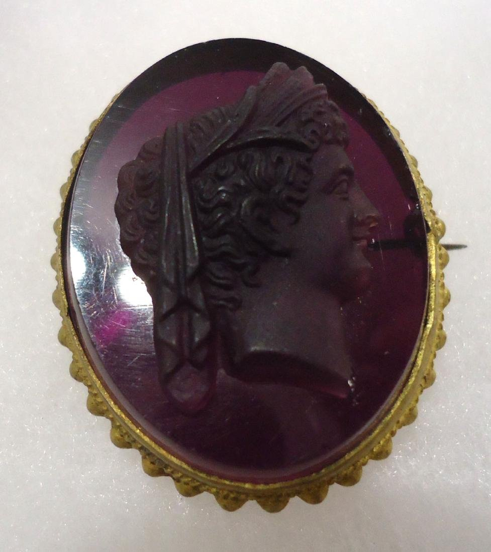2 Victorian Mourning Brooches - 2