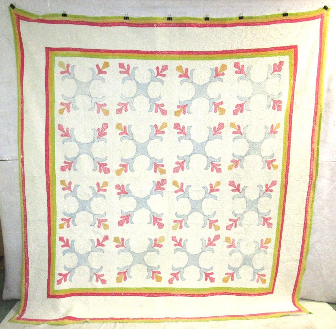 Early Appliqué Quilt w/ Great Quilting