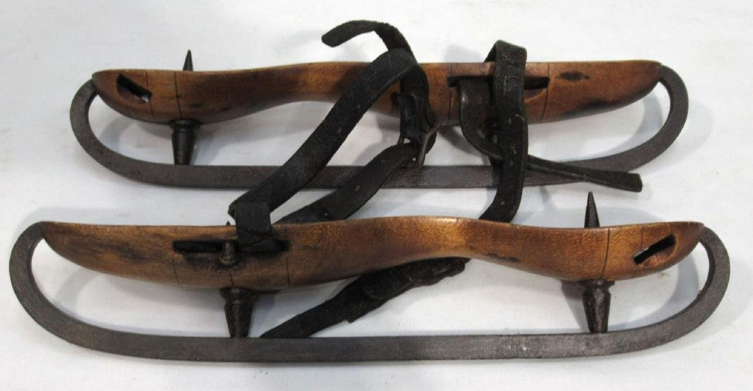 Pr. Early Wood & Iron Ice Skates