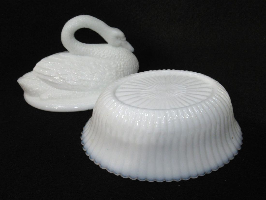 Milk Glass Swan on Nest - 2