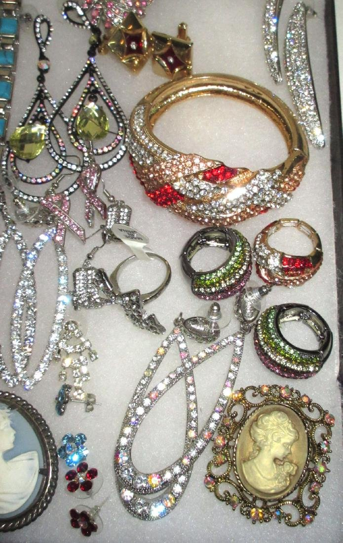 Lot Costume Jewelry - 4