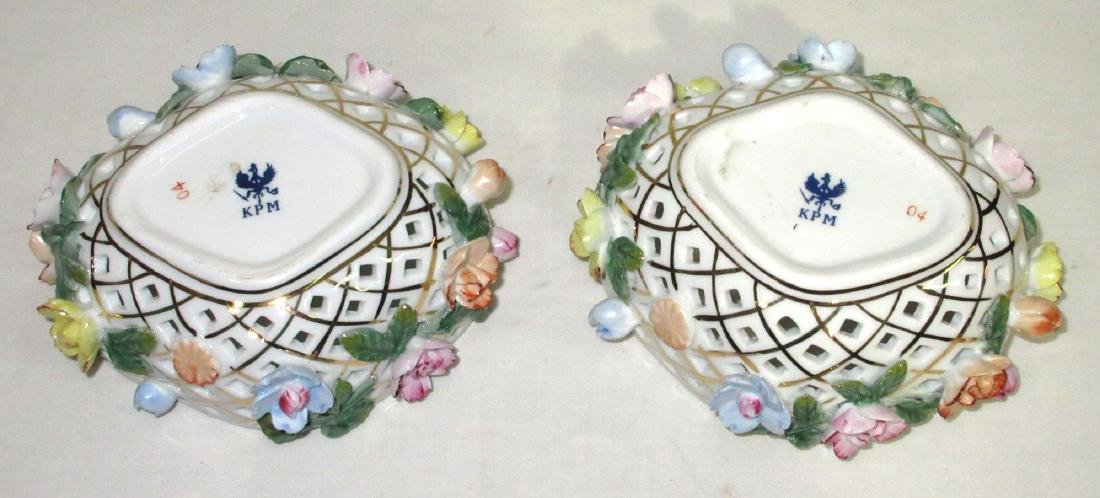 2 Reticulated Porcelain Boxes - 3
