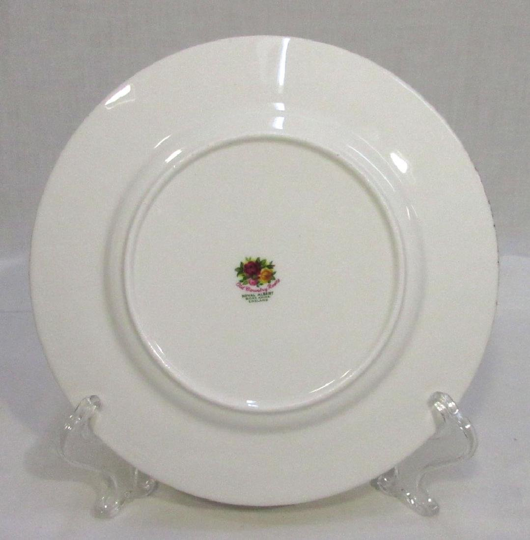 8 Royal Albert Old Country Roses Plates - 2