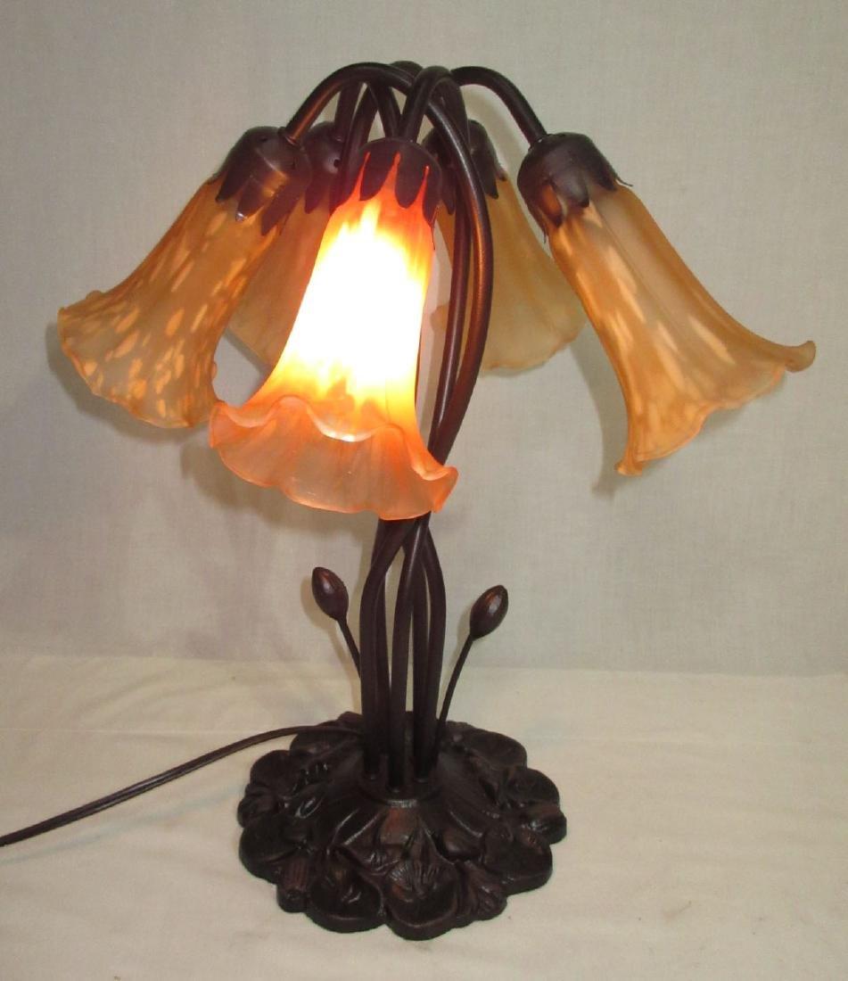 Modern 5 Lily Lamp