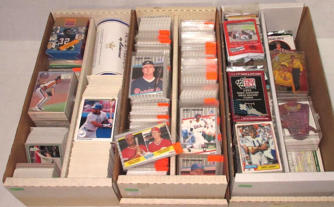 Large Lot Baseball Cards