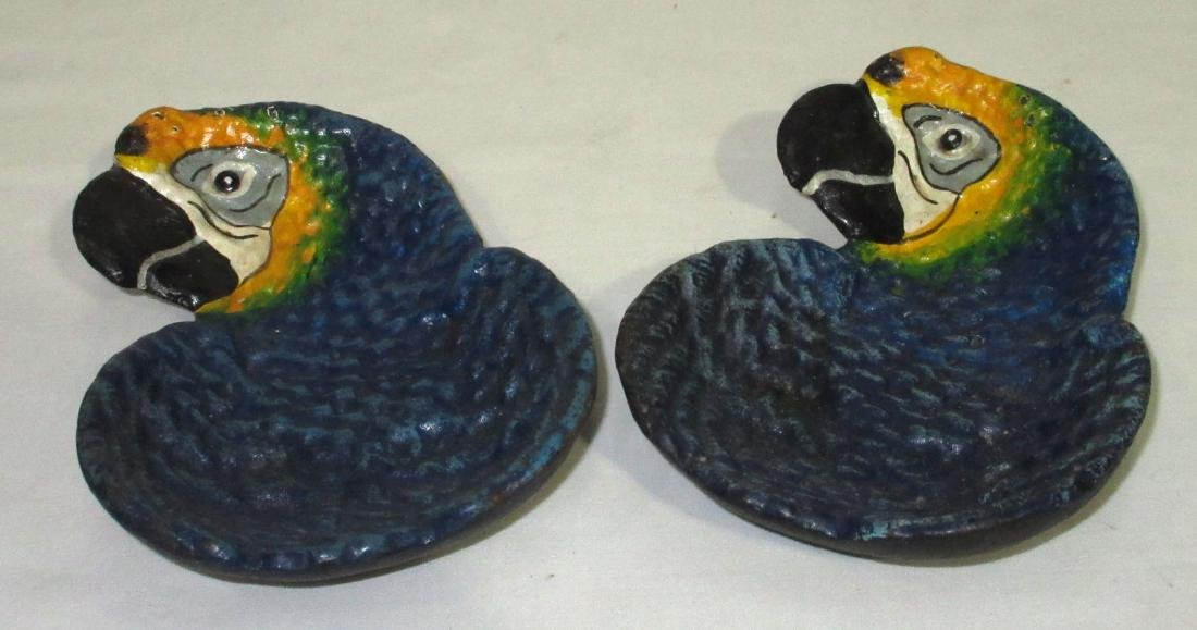 2 C.I. Parrot Trays