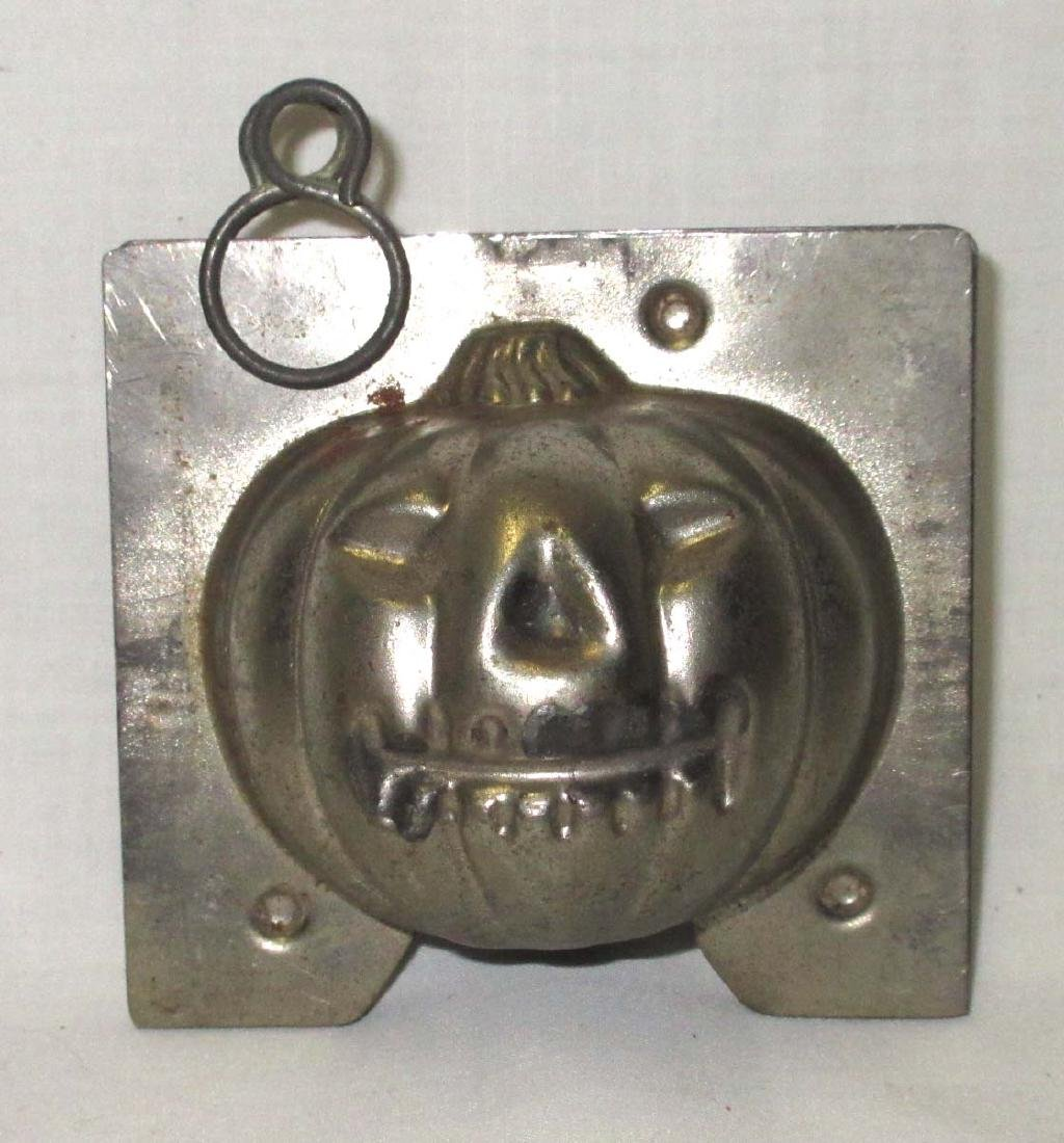 Halloween Jack-O-Lantern Tin Chocolate Mold