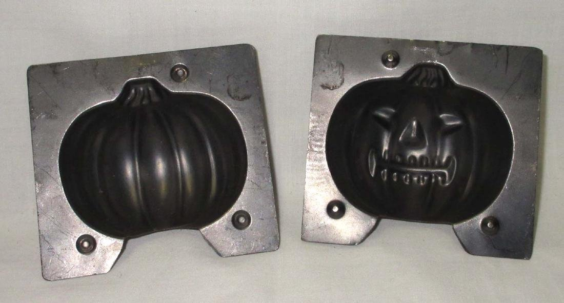 Halloween Jack-O-Lantern Tin Chocolate Mold - 2