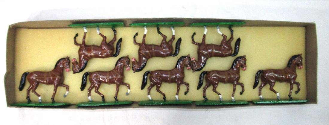 8 Lead Soldier's Horses