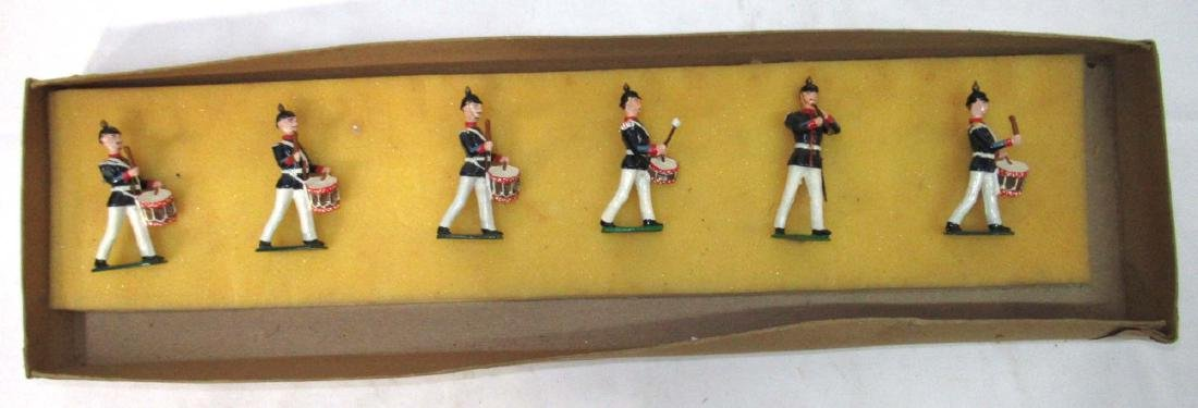 6 Lead Soldiers Drum and Fife