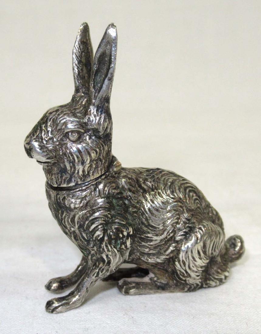 Silver Rabbit Snuff Box