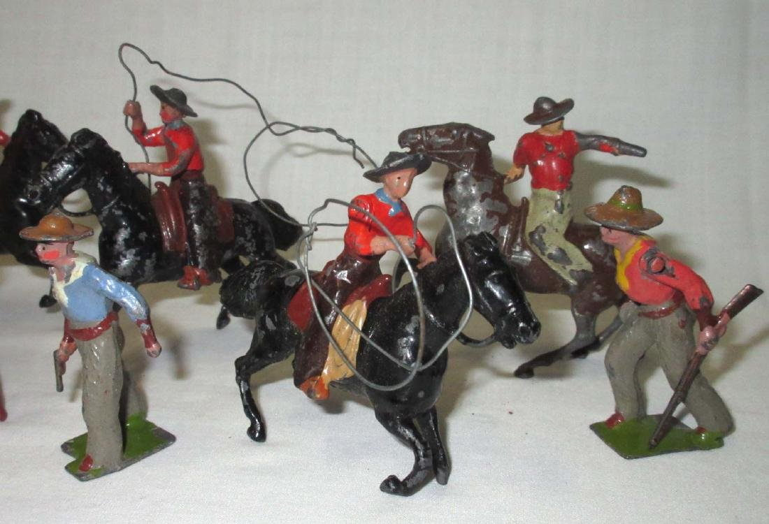 Lot of 10 Cowboy Lead Soldiers - 3