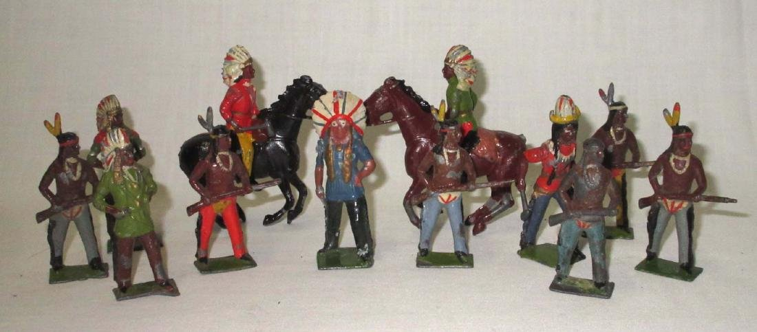 Lot of 12 Indian Lead Soldiers