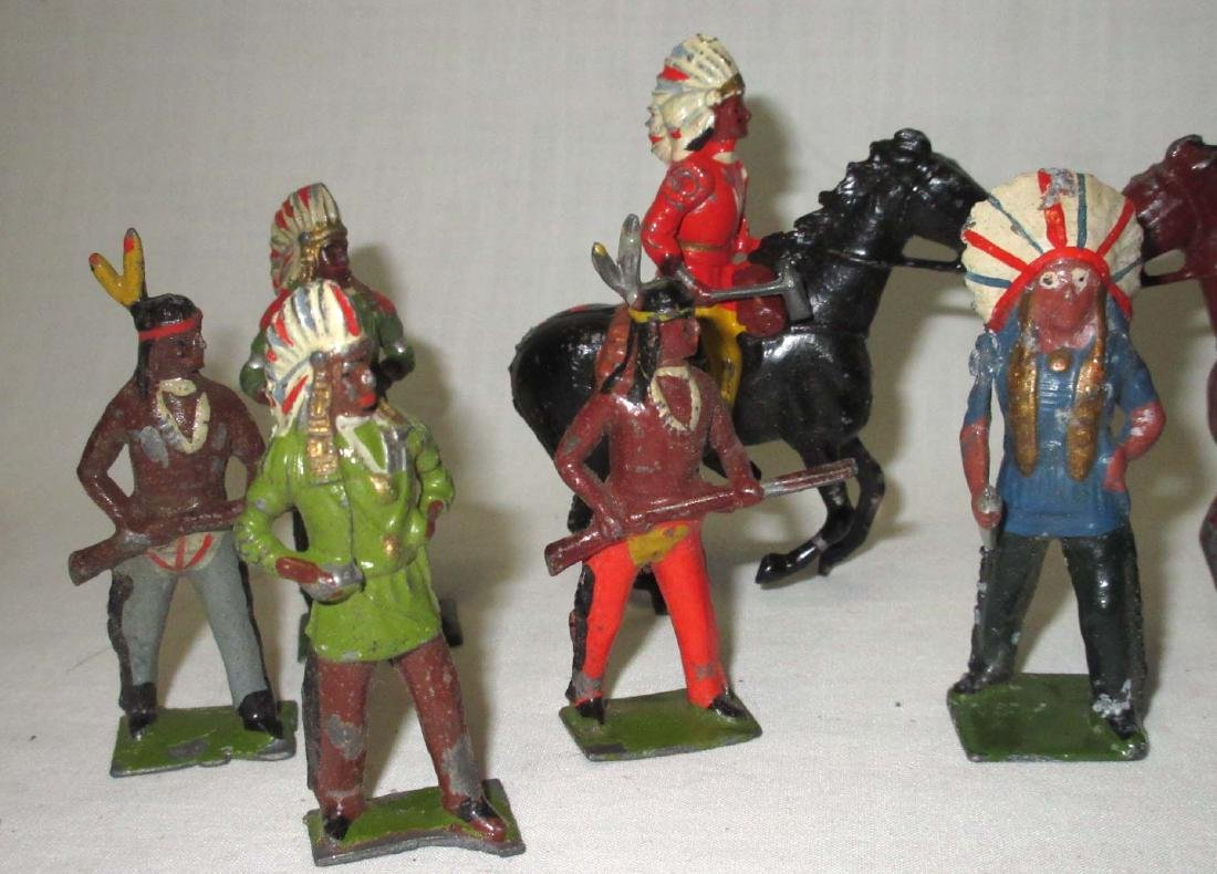 Lot of 12 Indian Lead Soldiers - 2