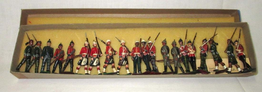 Lot of 20 Lead Soldiers