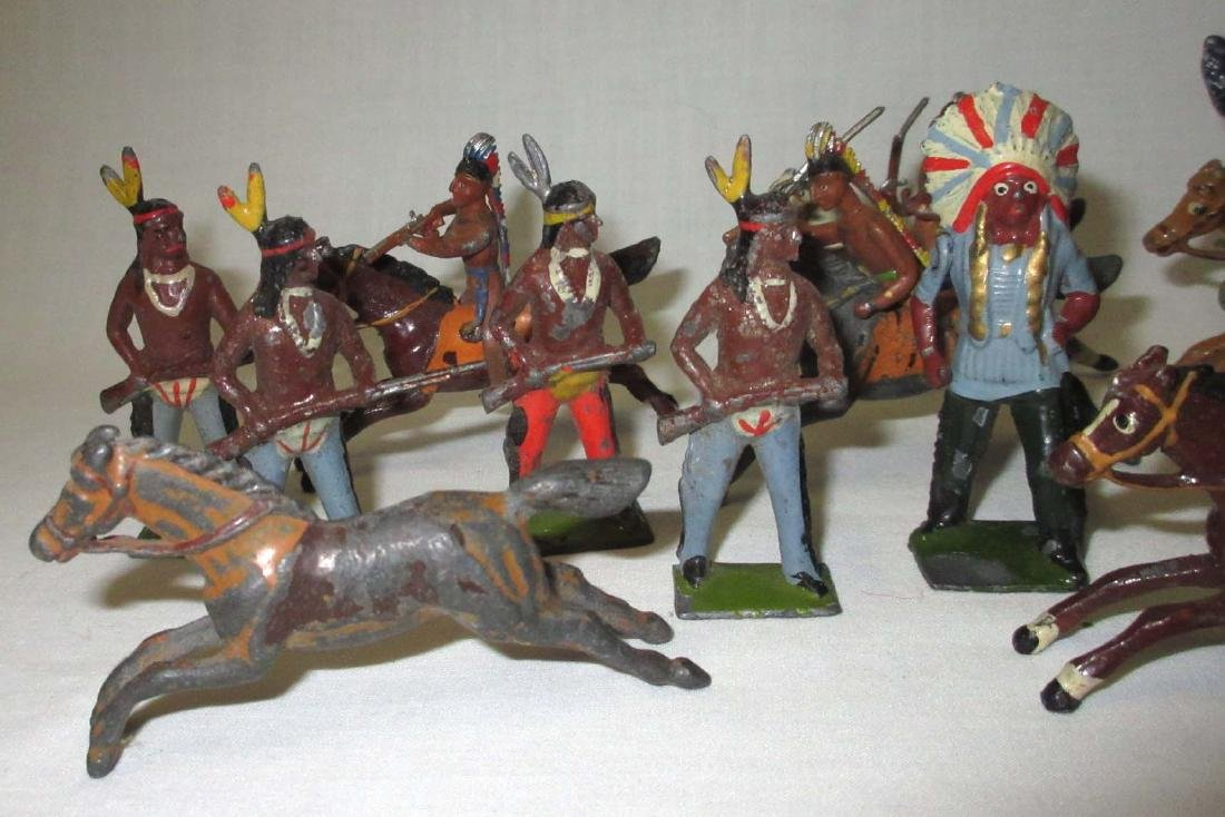 Lot of 18 Indian Lead Soldiers - 2