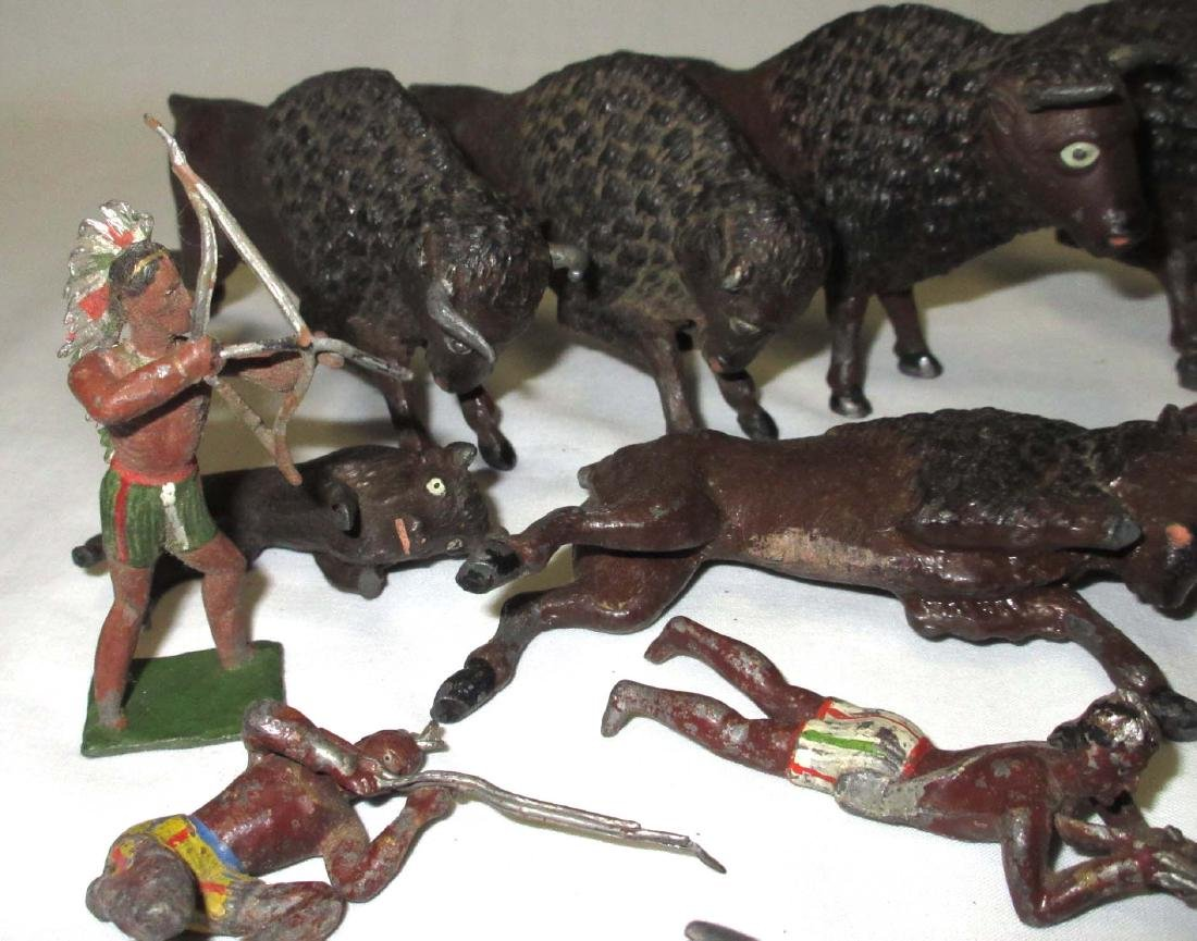 Lot of Lead Buffalos, Fort Walls & Indians - 2