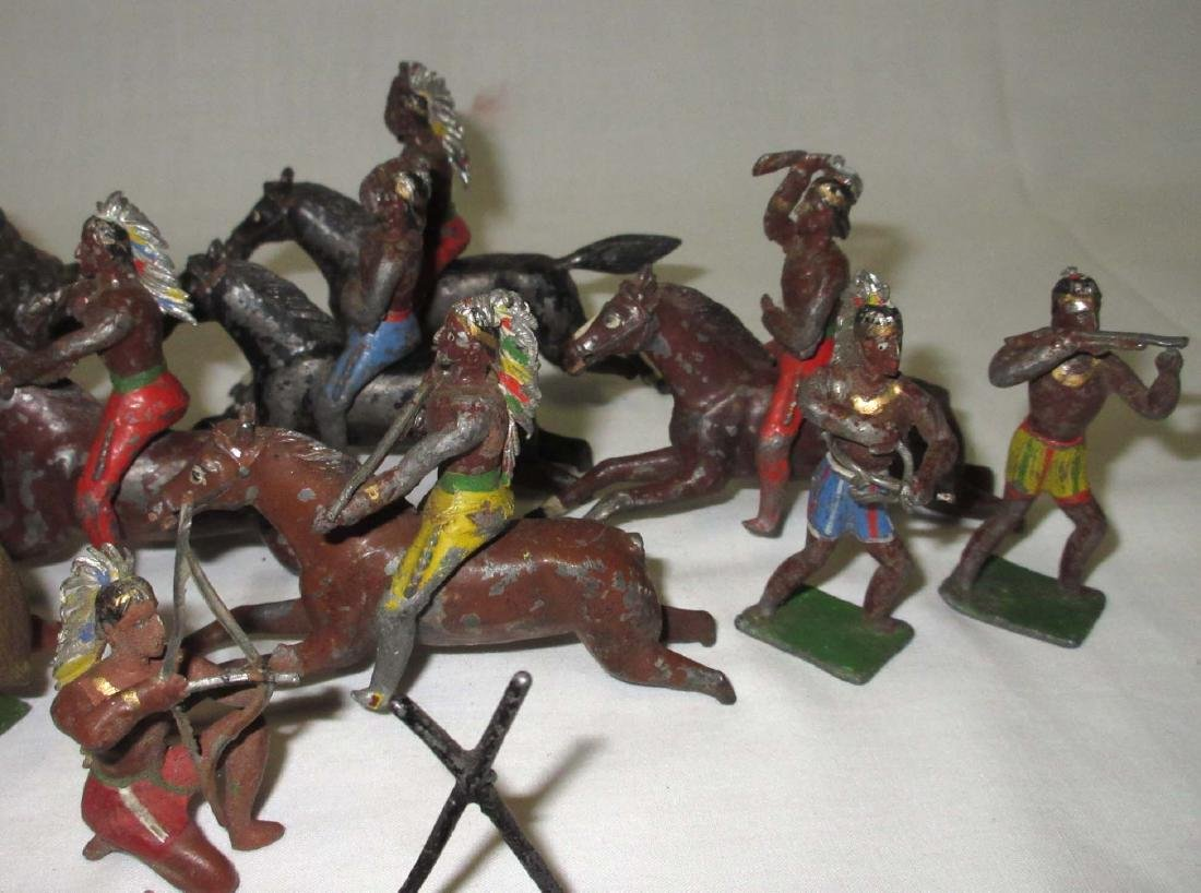 Lot of Lead Buffalos, Fort Walls & Indians - 3
