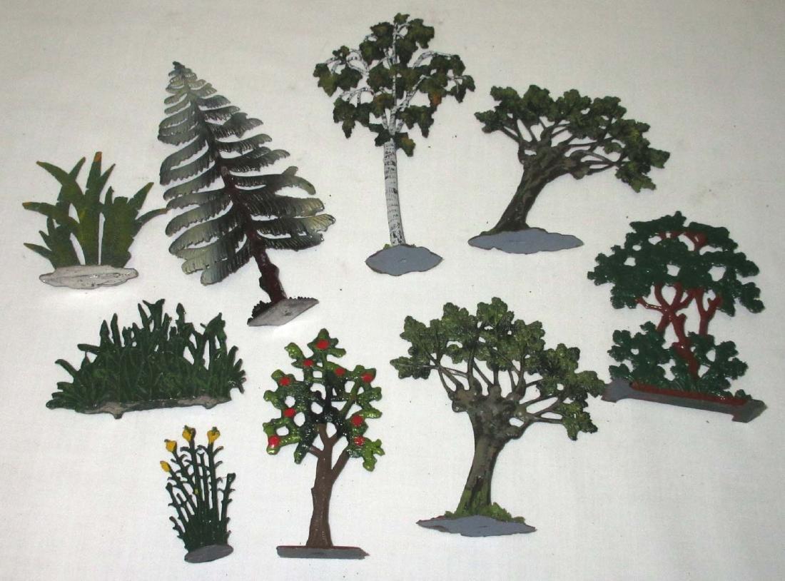 Lot of 9 Lead Trees & Foliage