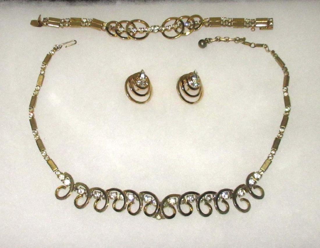 Un-Signed Quality Necklace 3pc. Set