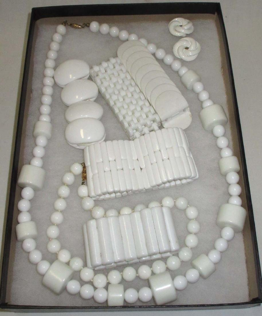 1980's White Lucite Bold Jewelry Collection. 8pc.
