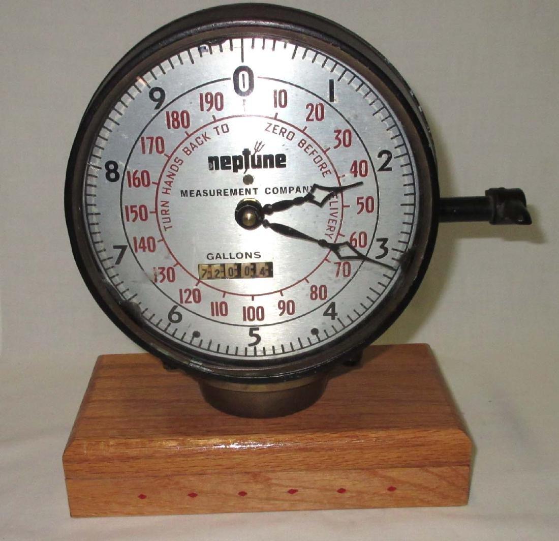 Neptune Gas Gauge Clock