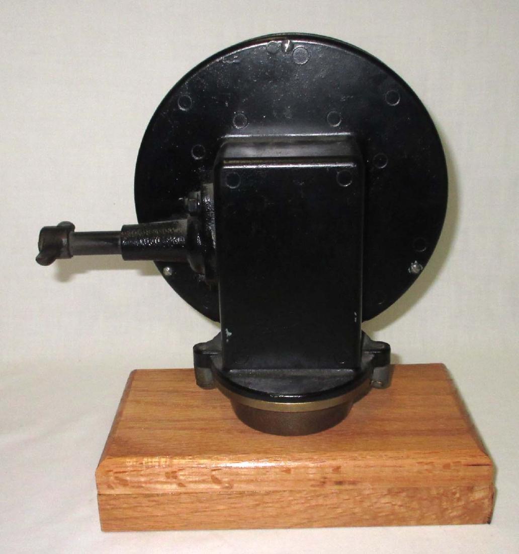 Neptune Gas Gauge Clock - 4