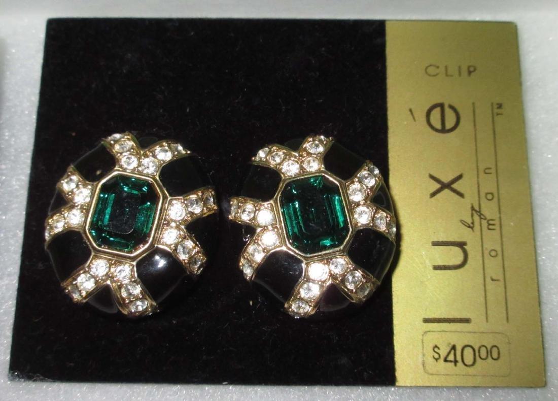 """""""LUXE"""" Bracelet & 2 Earrings. N.O.S. - 4"""