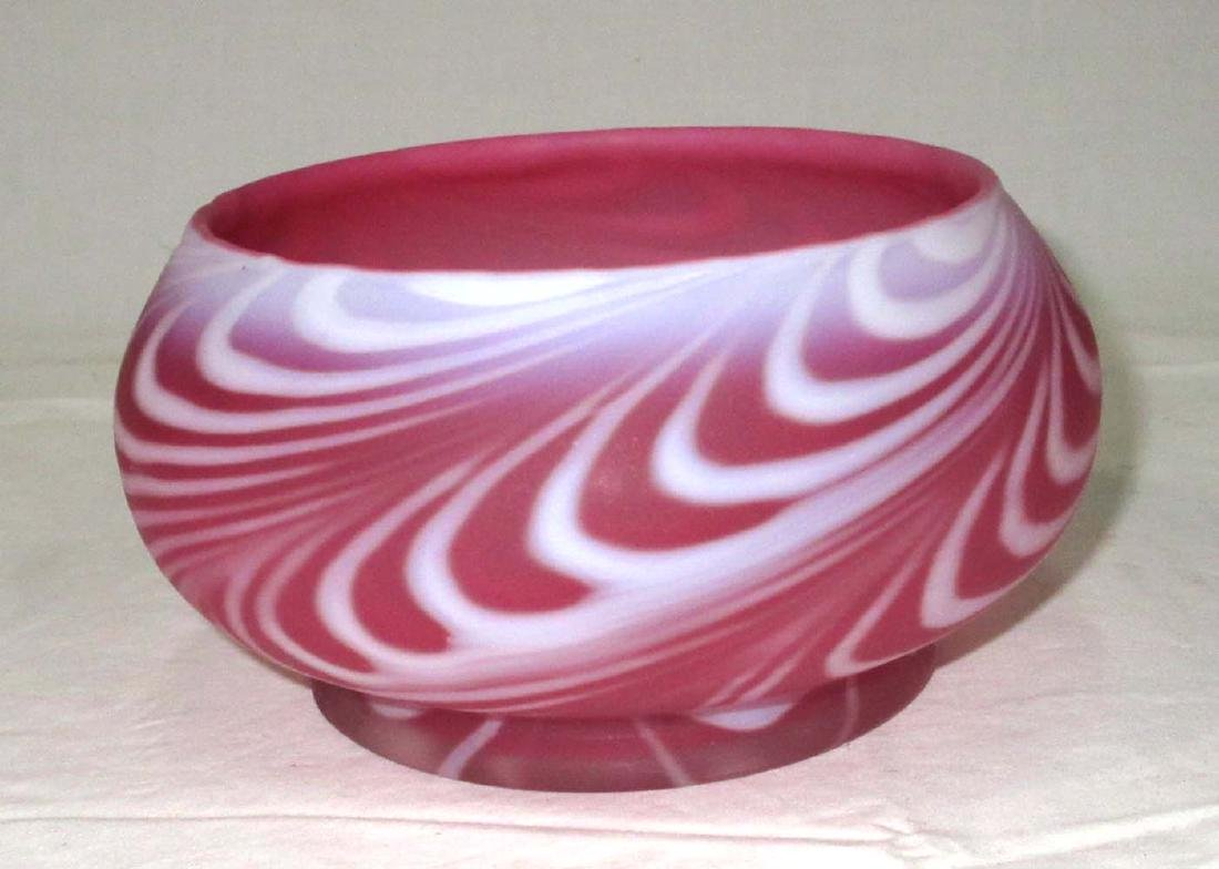 Cranberry Frosted Swirl Bowl