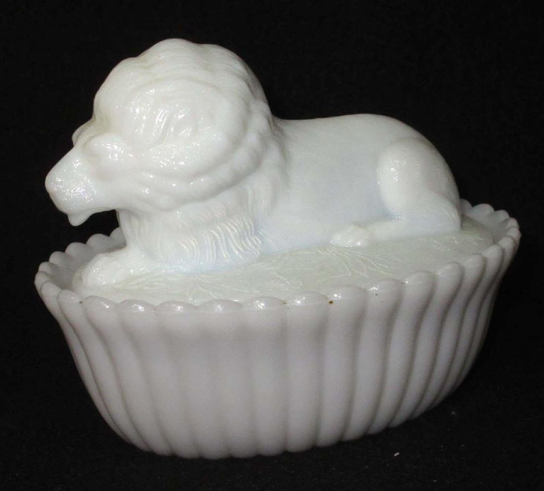 Lion on Nest Covered Dish