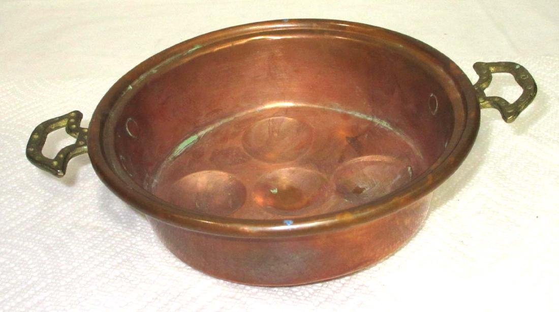 Early Copper Egg Pan