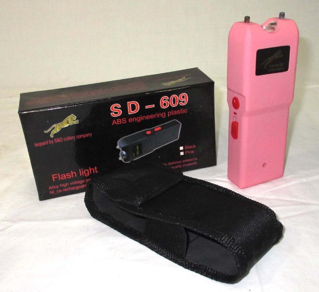 SD-609 Taser NIB