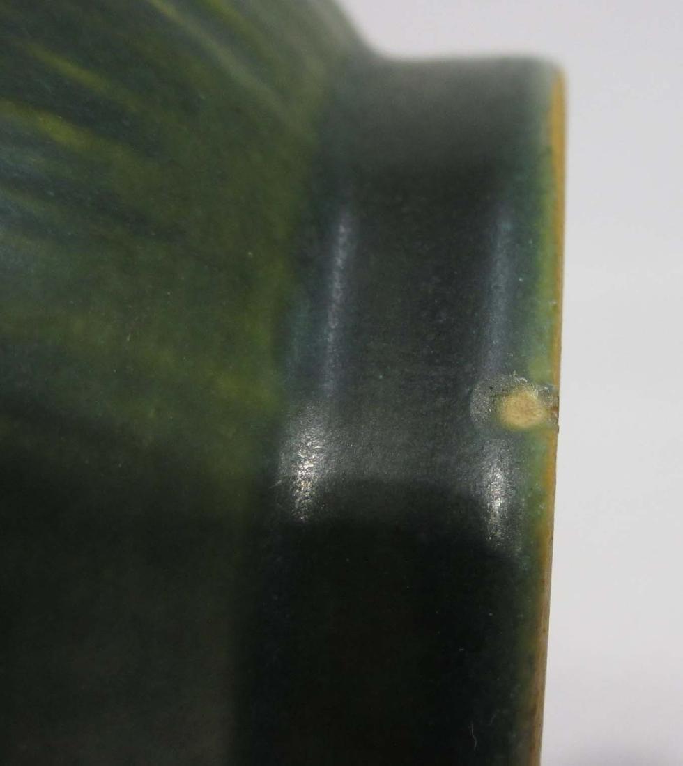Roseville White Rose Vase 979-6 - 4
