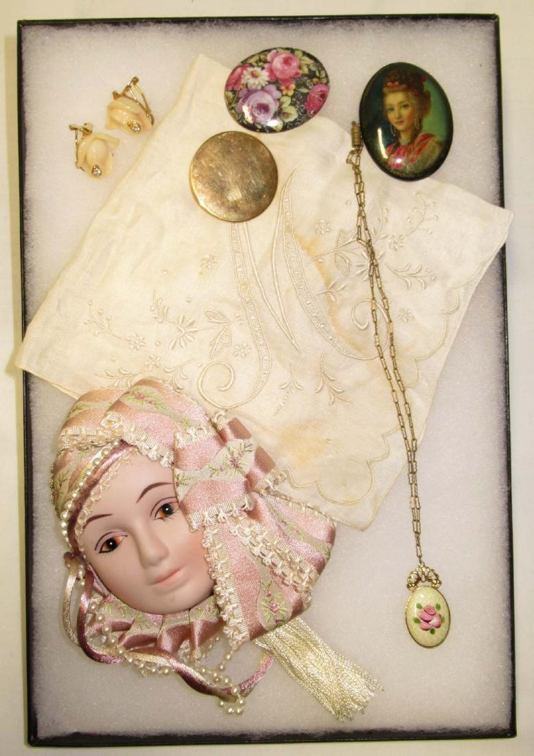 5pc Feminine Jewelry Lot