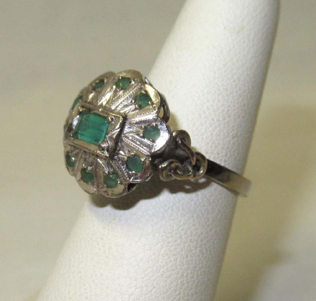 18kt Emerald Ring