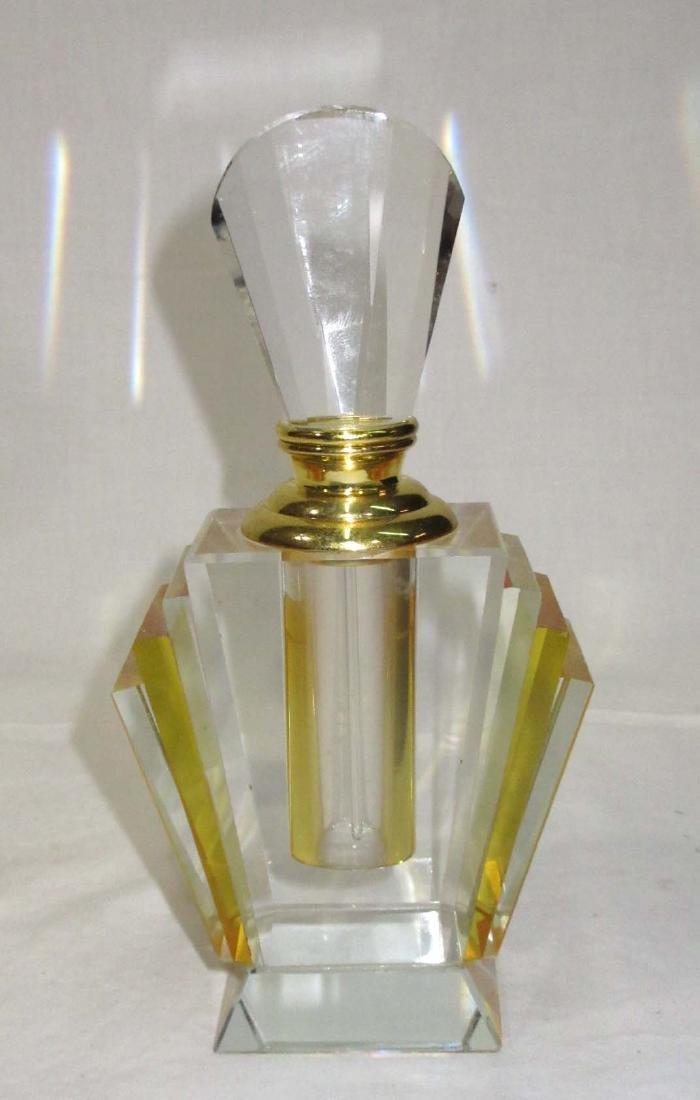 Modern Art Glass Perfume Display Bottle