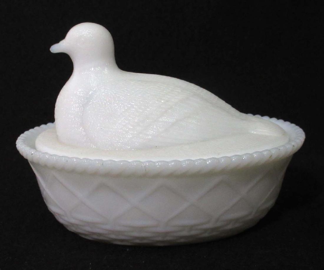 Vtg. Bird on Nest Covered Dish