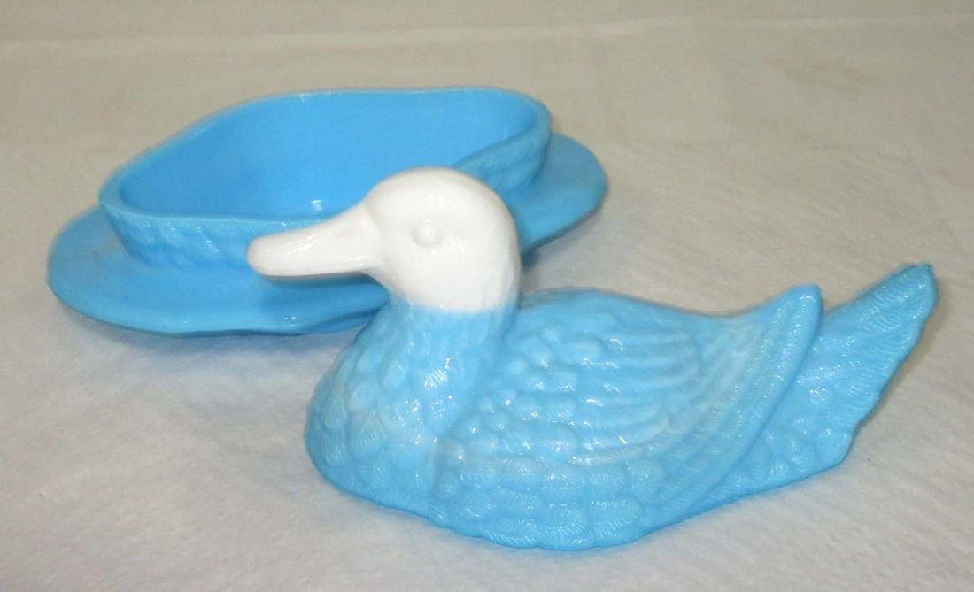 Vtg. Duck on Nest Covered Dish - 3