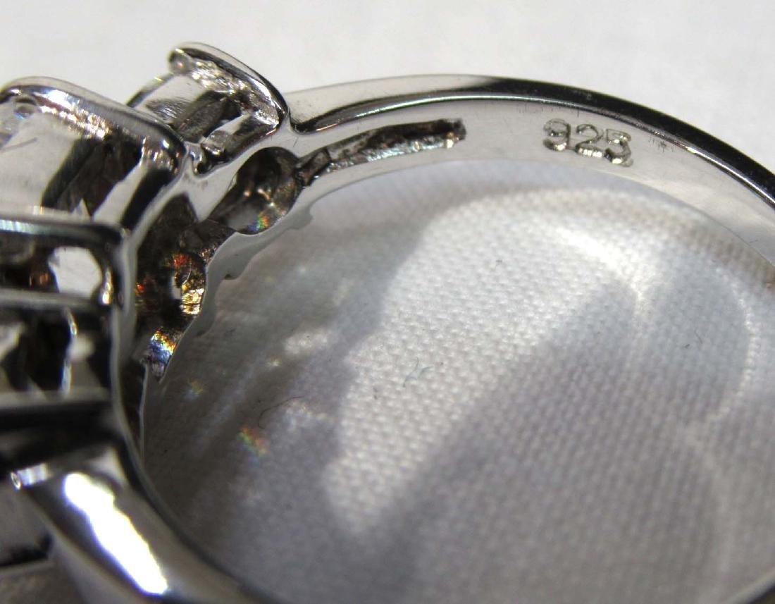 Sterling Cubic Zirconium Ring Sz 8 1/2 - 3